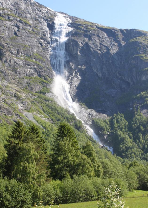 Mongefossen - Møre og Romsdal - Norway - 2,535 feet (773 m)
