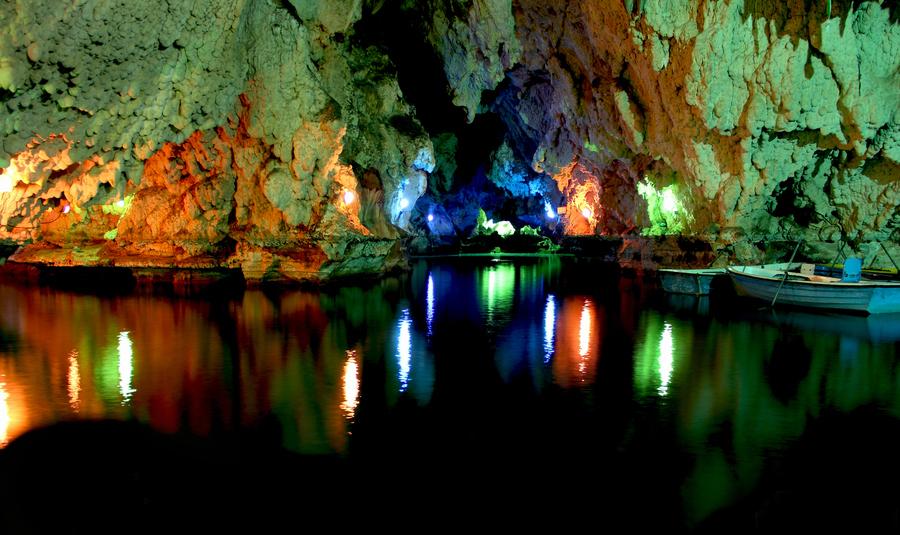 saholan cave by saman kafashi - mahabad in iran