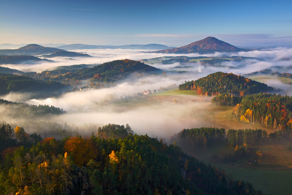 Autumn Morning by Martin Rak