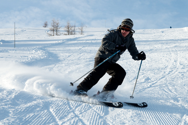 Skier by Davy De Pauw