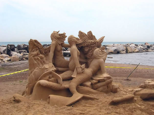 Amazing and beautiful sand sculptures (21)
