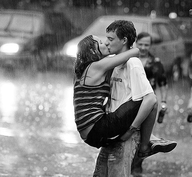 Romantic and joyful Photographs (25)
