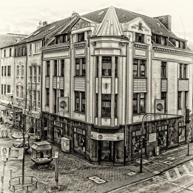 bahnhof street-Cologne
