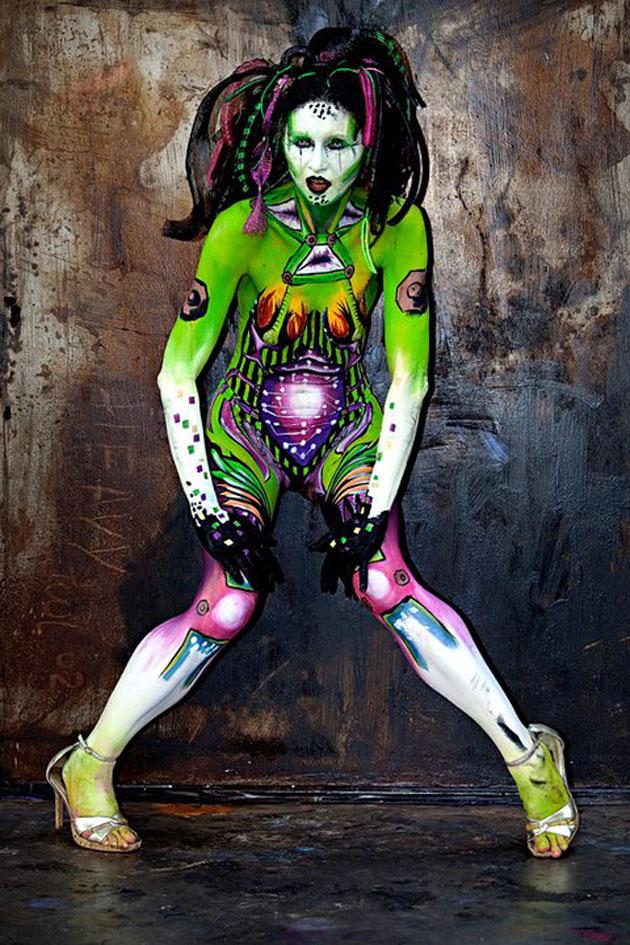Beautiful Body Painting Artwork (14)