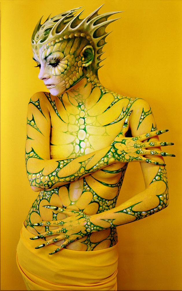 Beautiful Body Painting Artwork (22)