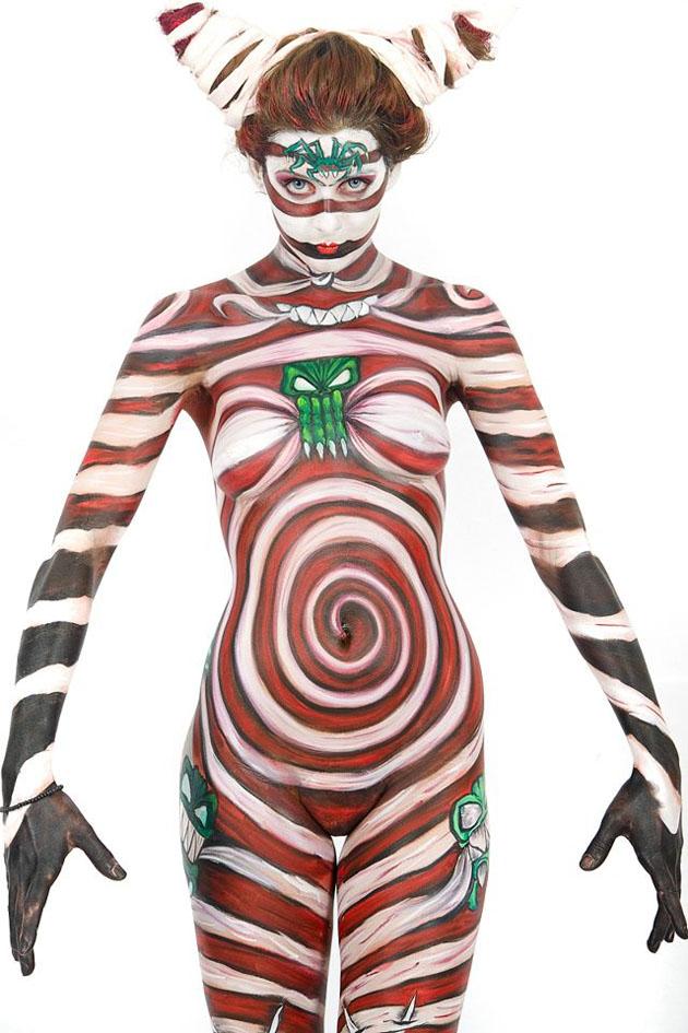Beautiful Body Painting Artwork (8)