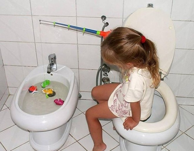 45 Naughty Clicks of Naughty Kids (10)