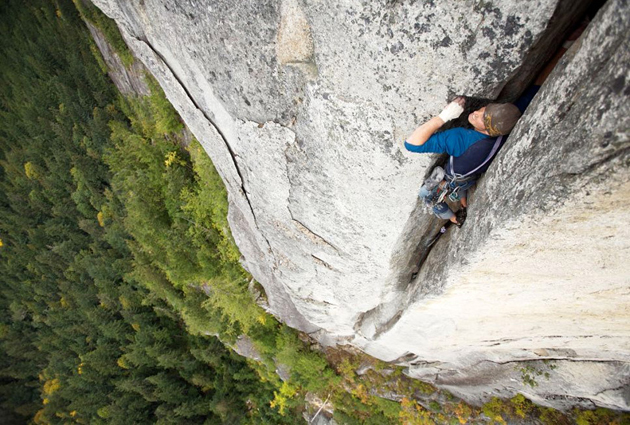 climber-in-the-crack