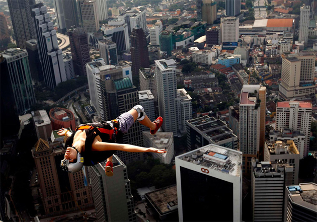 free-jump-from-KL-tower-kuala-lumpur