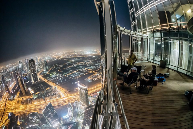 a-view-from-burj-khalifa-at-night