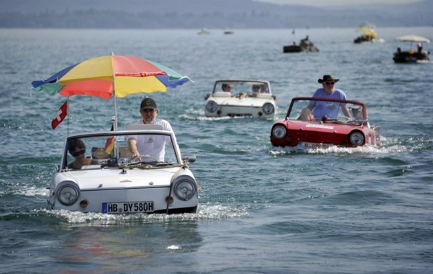 carboat-in-Switzerland