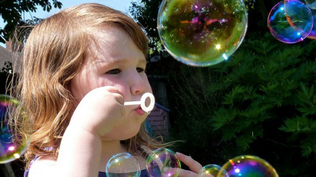 Beautiful Bubble Blowing (3)