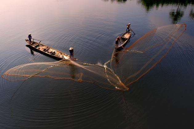 In Nhu y river by Hai Thinh