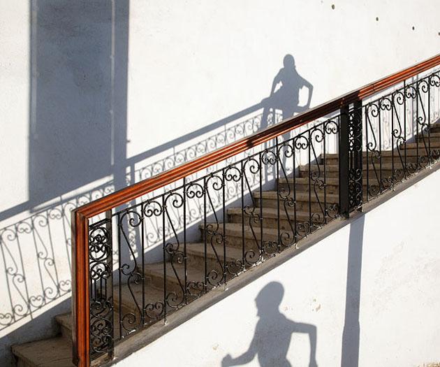 Breathtaking street photography by Maciej Dakowicz (16)