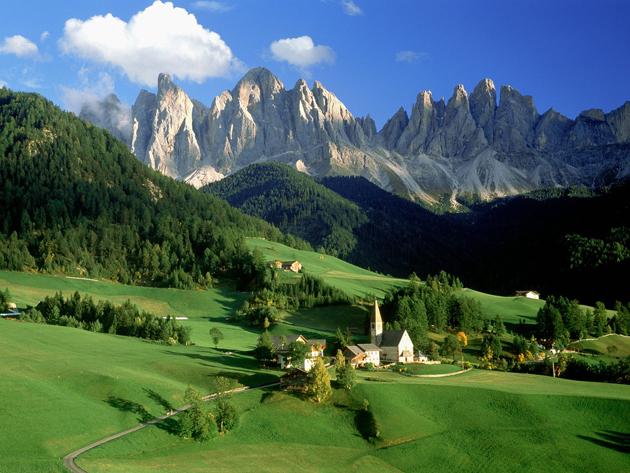 Val-di-Funes-Italy