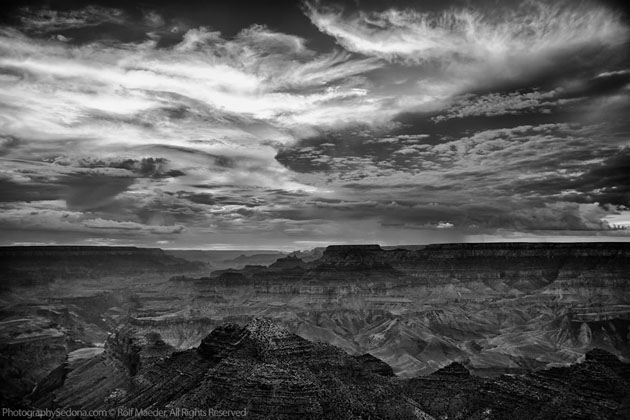 Best Photographs of Lighting Storms by Rolf Maeder-Grand-Canyon (12)