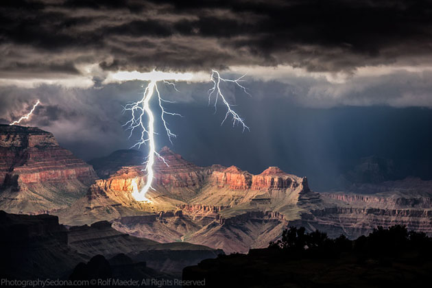 Best Photographs of Lighting Storms by Rolf Maeder-Grand-Canyon (16)