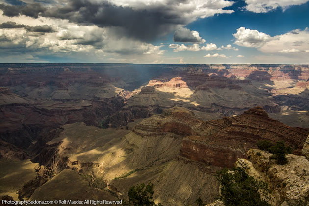 Best Photographs of Lighting Storms by Rolf Maeder-Grand-Canyon (7)