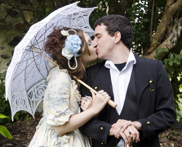 the kiss by helene stelliou liboiron
