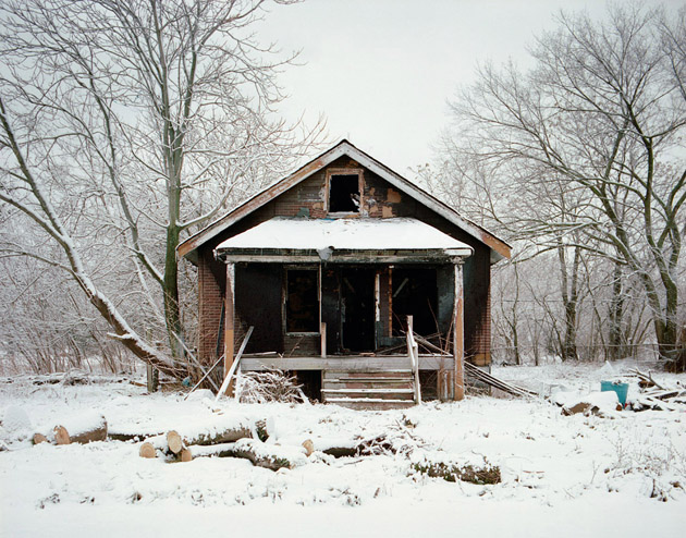 ABANDONED HOUSE Pictures (5)
