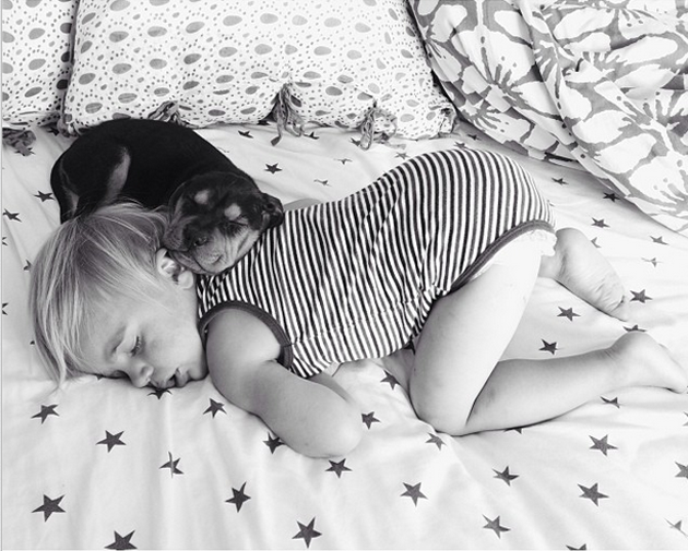 Cute Photography of a Toddler with Puppy (11)