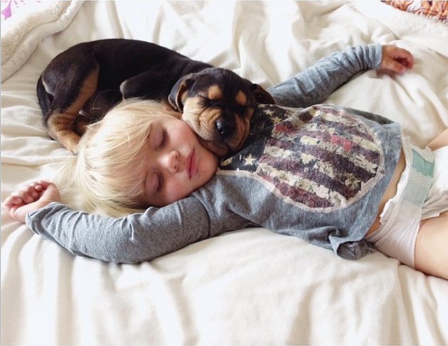 Cute Photography of a Toddler with Puppy (15)