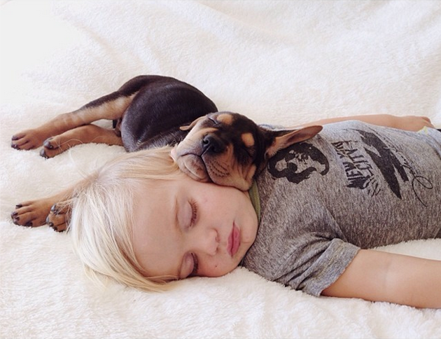 Cute Photography of a Toddler with Puppy (16)