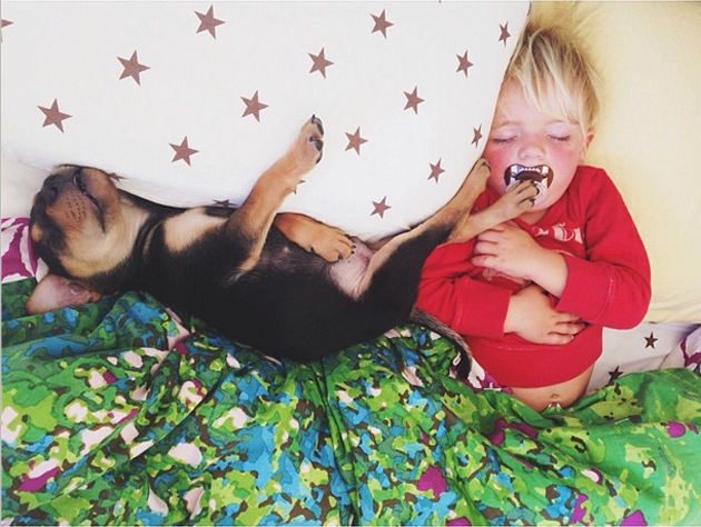 Cute Photography of a Toddler with Puppy (17)