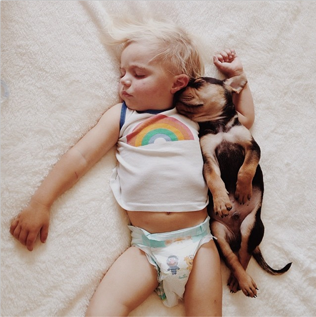 Cute Photography of a Toddler with Puppy (5)
