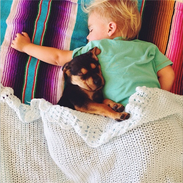 Cute Photography of a Toddler with Puppy (7)