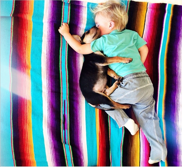 Cute Photography of a Toddler with Puppy (8)