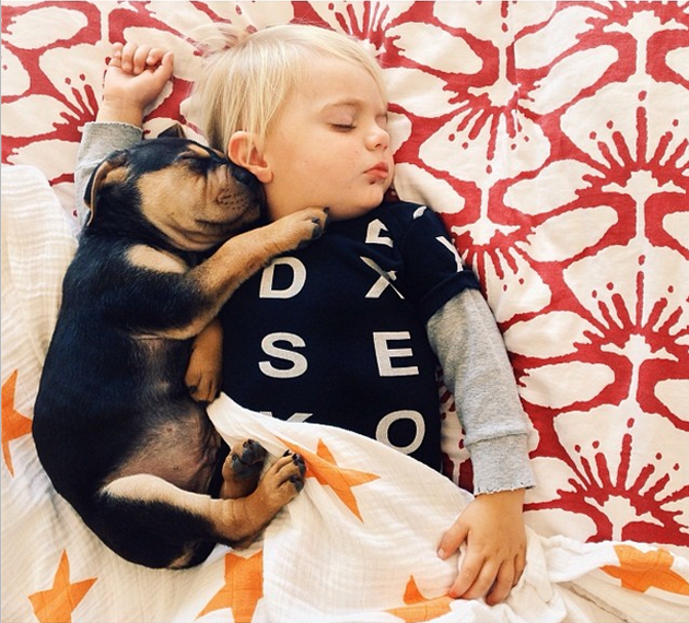 Cute Photography of a Toddler with Puppy (9)