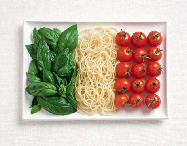 italy-amazing art of creating national flags with food items