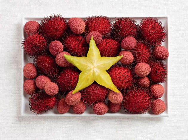 vietnam-amazing art of creating national flags with food items