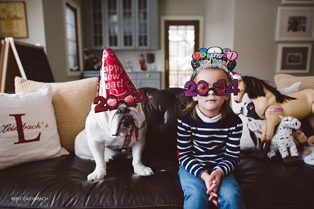 Beautiful Photos of a Little Girl and Her English Bulldog (3)
