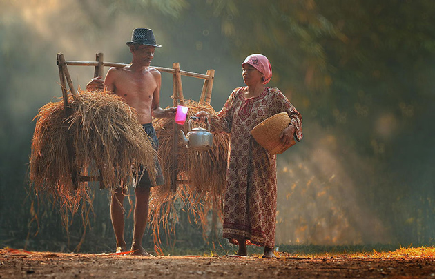 Day by Day life Of Village People in Indonesia by Herman Damar -Greatinspire (1)