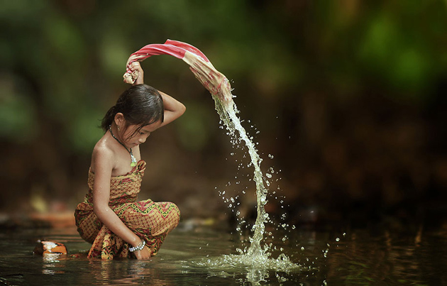 Day by Day life Of Village People in Indonesia by Herman Damar -Greatinspire (18)
