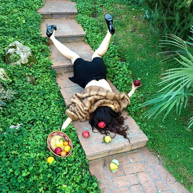 Hilarious Photo Series - Funny Photos of People Posing As If They Have Just Fallen Down (14)