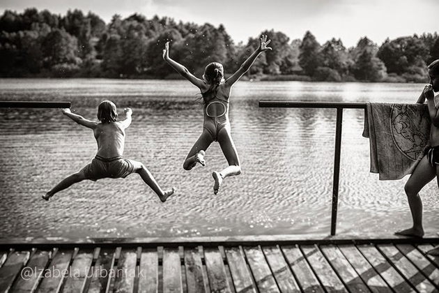 Mother Takes Pictures Of Her Children's Summers In The Polish Countryside (23)