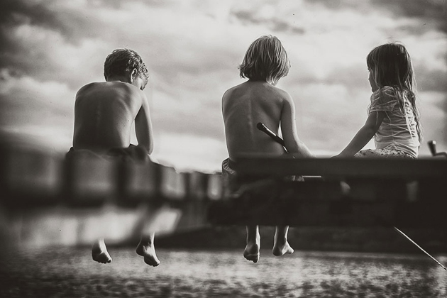 Mother Takes Pictures Of Her Children's Summers In The Polish Countryside (5)