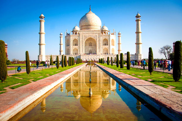 Taj Mahal (7 wonders of world)