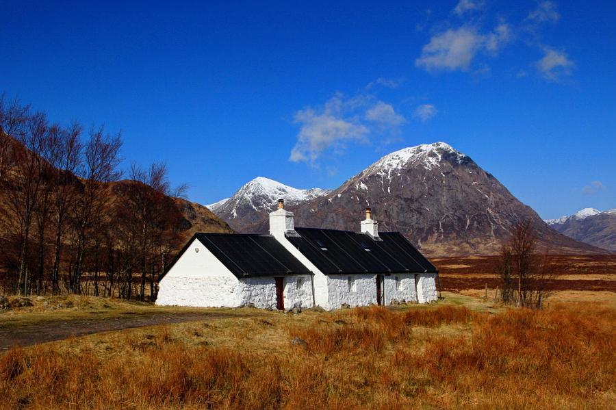 Black Rock Cottage Glencoe by Hilda Murray on 500px