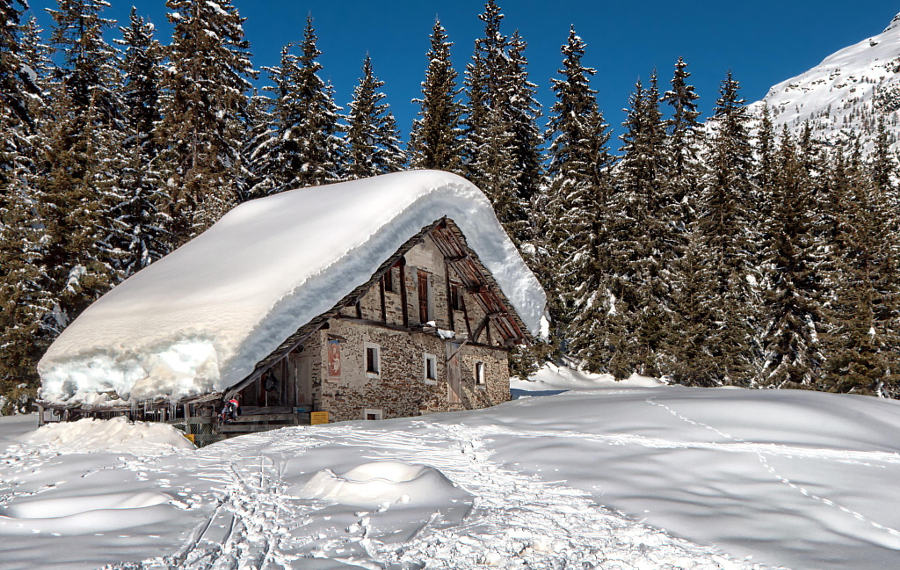 Winter in Valmalenco by Fabrizio Iacoviello on 500px