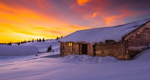 snow-cottage