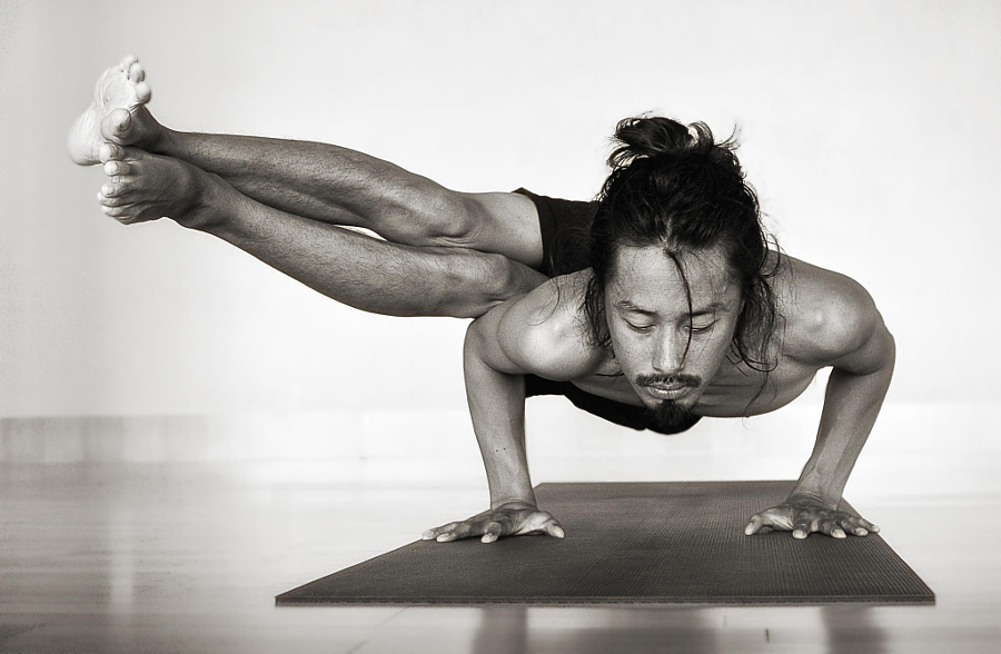 Koundinyasana asian style by Michelle Haymoz on 500px