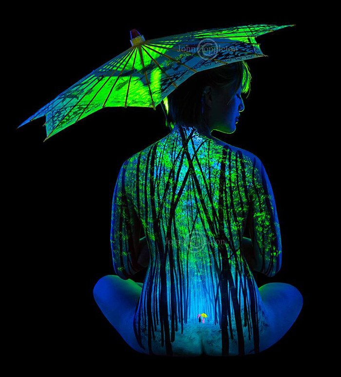 Under Black light Body Painting by John Poppleton (10)