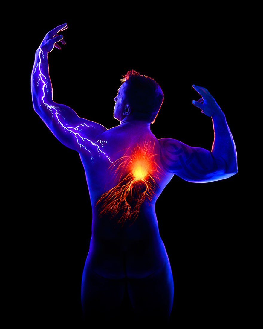 Under Black light Body Painting by John Poppleton (12)