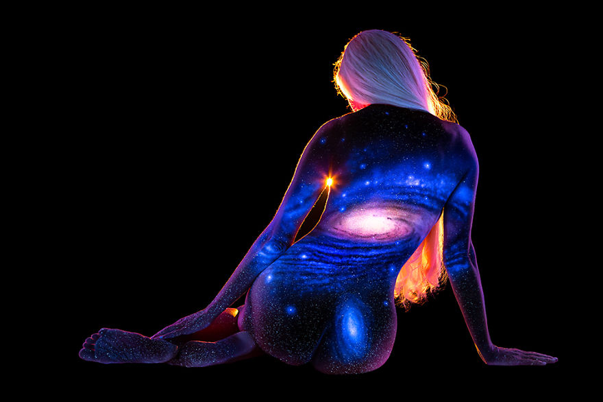 Under Black light Body Painting by John Poppleton (23)