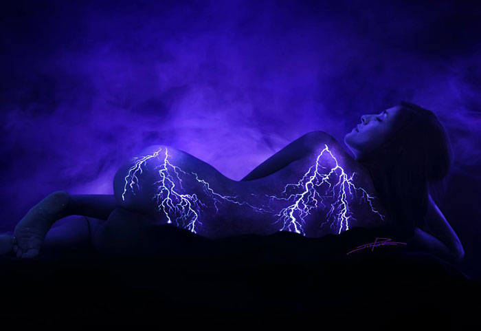 Under Black light Body Painting by John Poppleton (24)