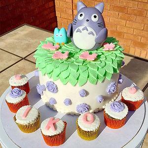 Adorable Totoro Cakes (10)